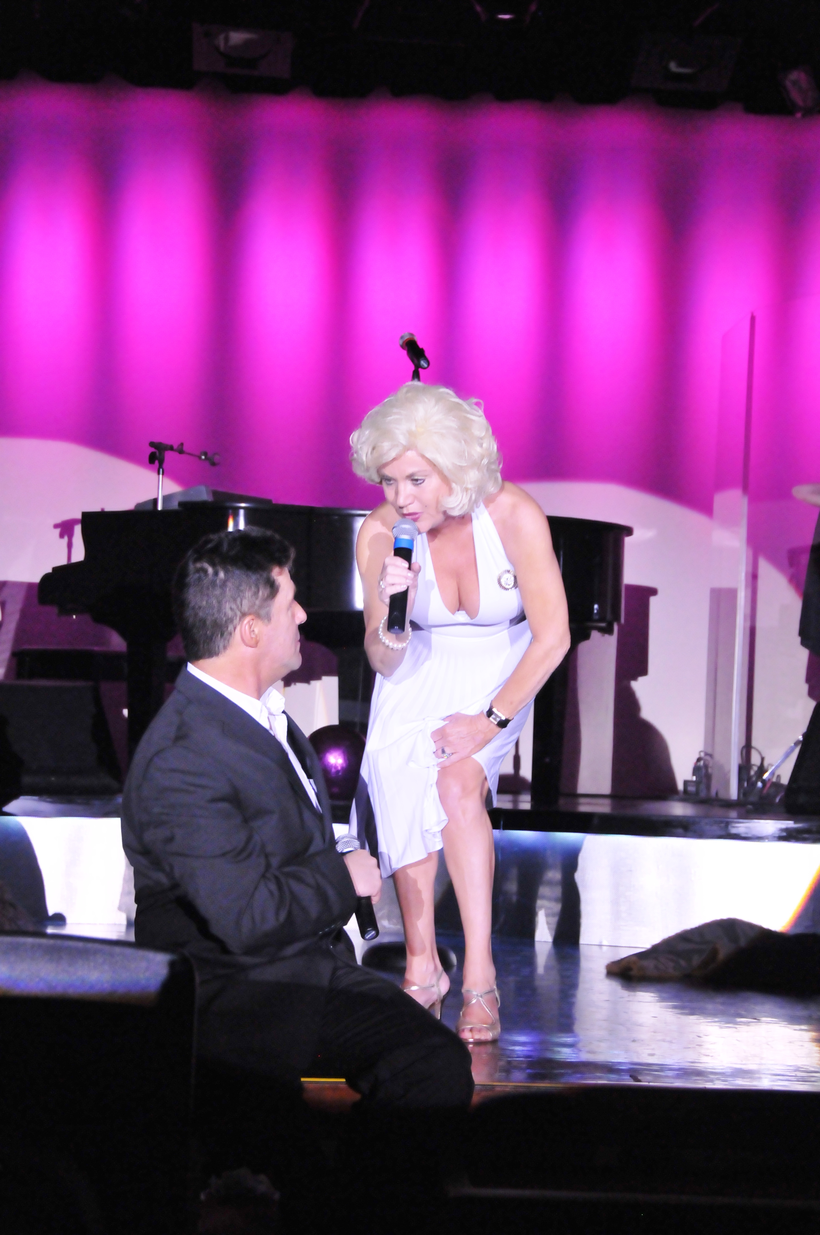 Marilyn and Simon Cowell at Golden Nugget in Vegas 6